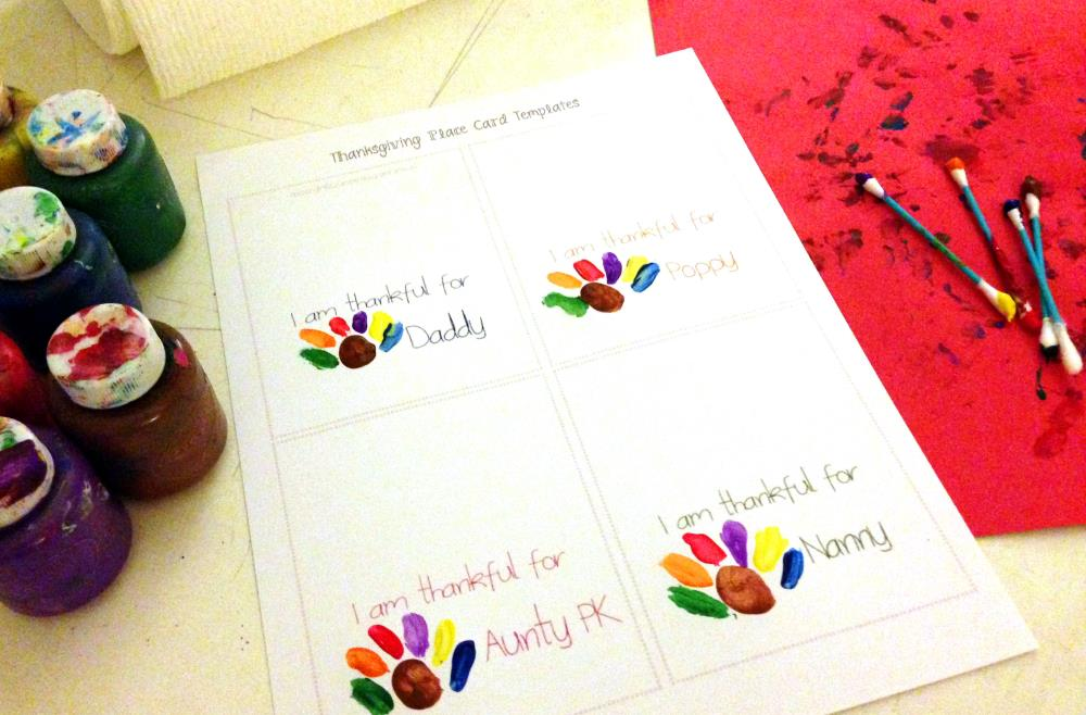making Thanksgiving place cards with preschoolers