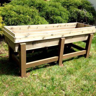 How to Build a DIY Planter Box for the Garden