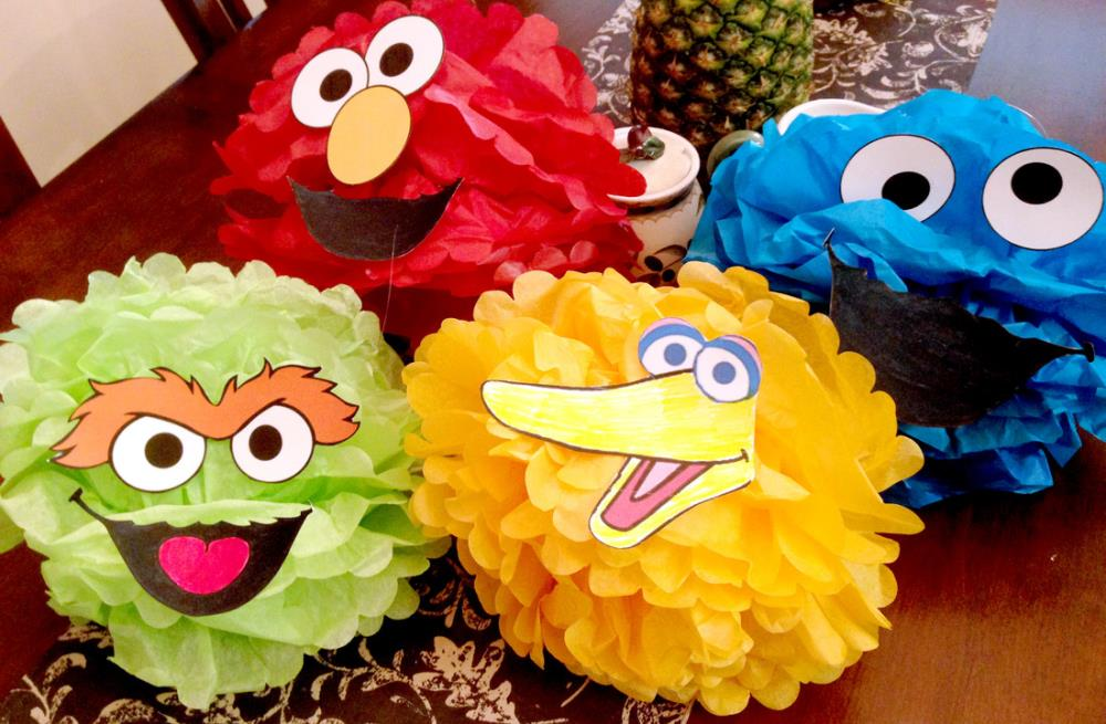 sesame party pom-poms