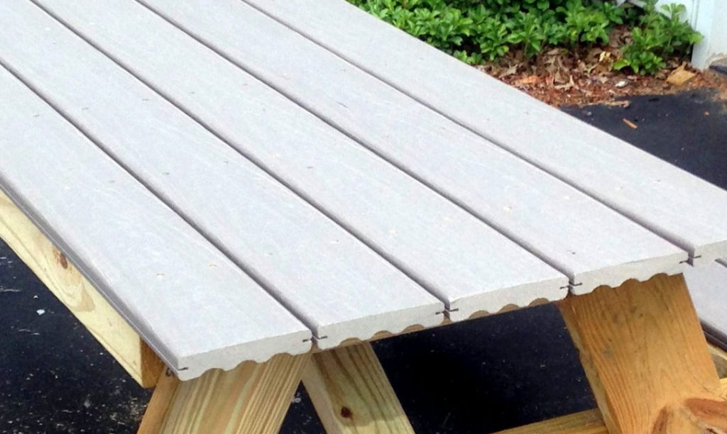 DIY Picnic Table that you can build in a day!