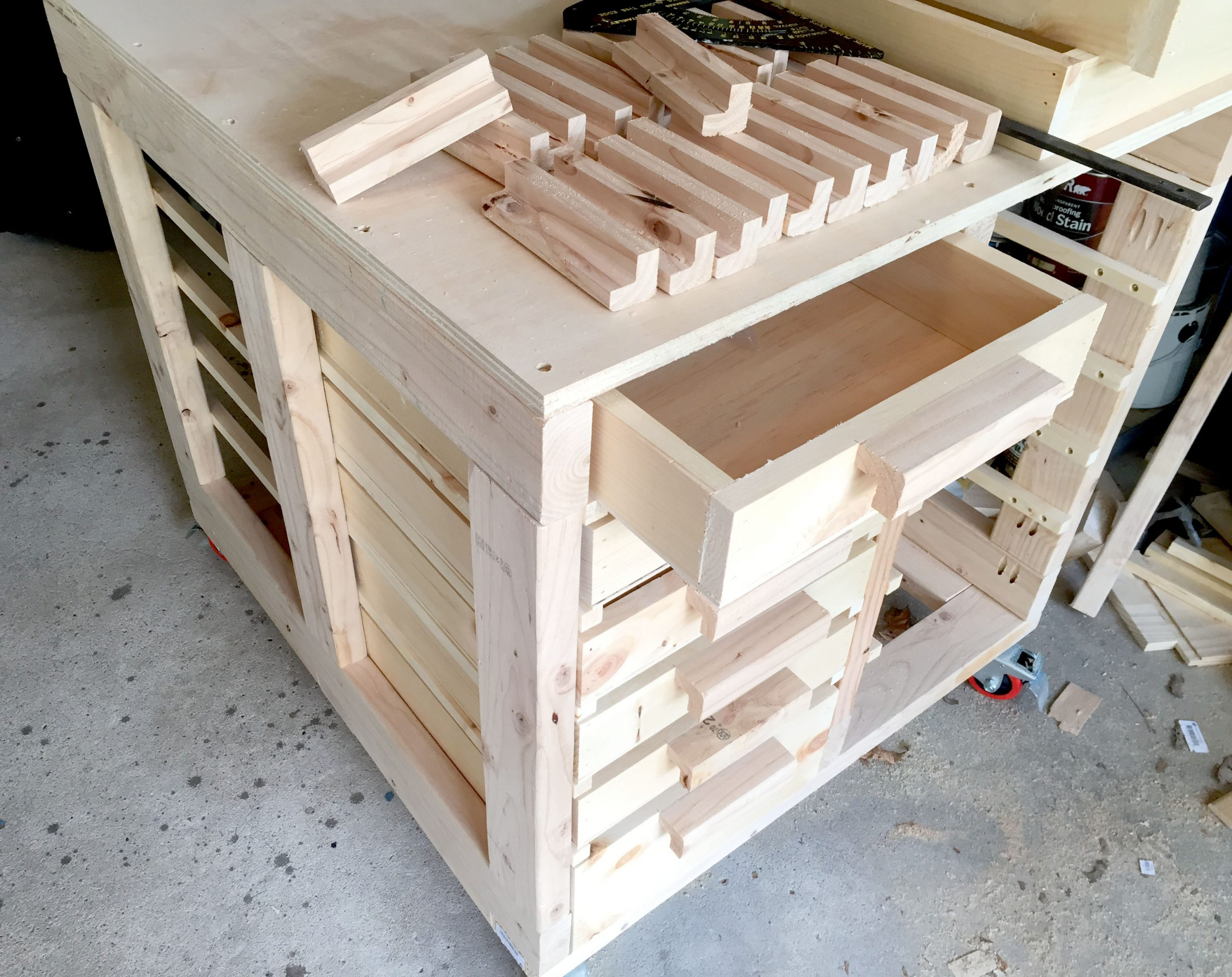 How to Make DIY Drawers with Custom Handles for your Workspace