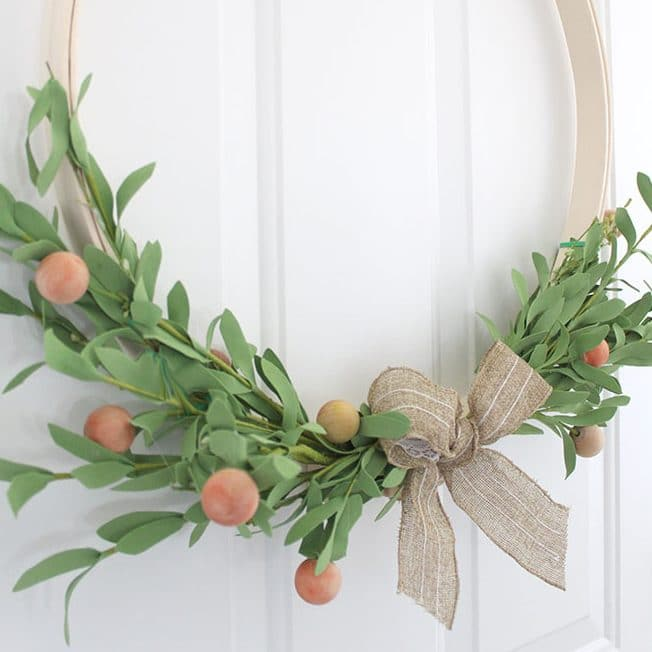 10-Minute Floral Embroidery Hoop Wreath