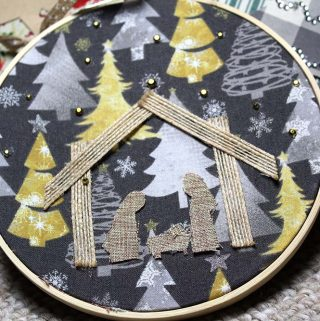 Nativity Scene Embroidery Wreath (That's No-Sew)