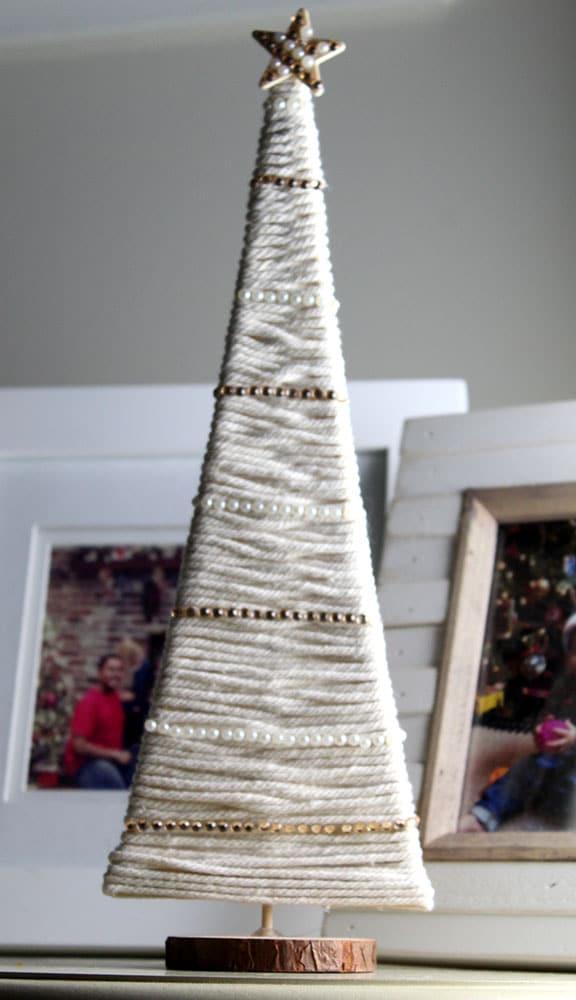 DIY macrame Christmas tree tutorial - using wood rounds