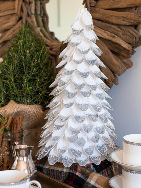 Easy Christmas Crafts for Adults | Holiday Tree from Plastic Spoons