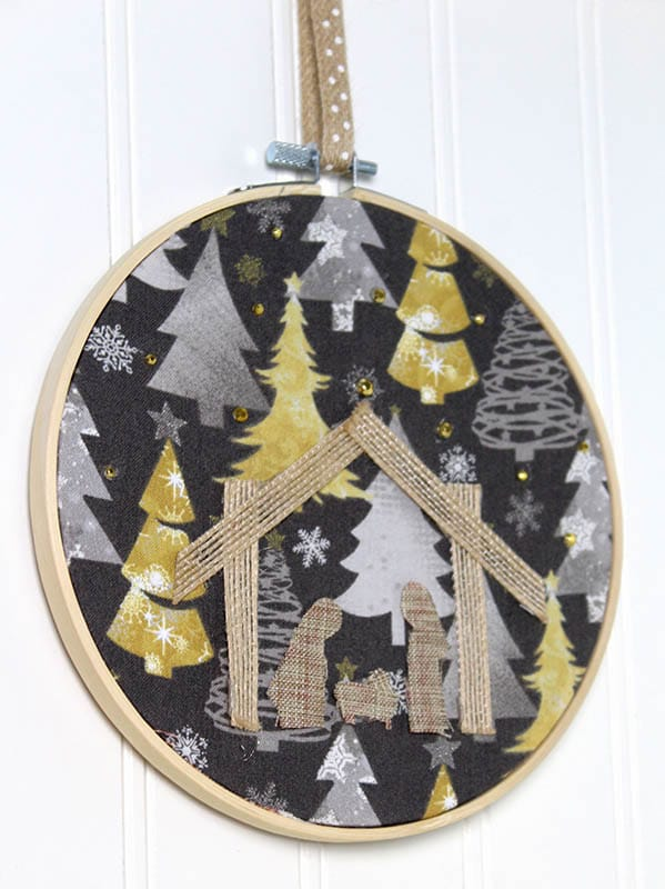 Easy Christmas Crafts for Adults | No Sew Embroidery Hoop